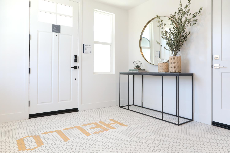 Residence 3X Foyer